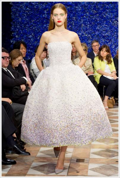 Tuesday ten most mispronounced words in fashion lauren for Haute couture pronounce
