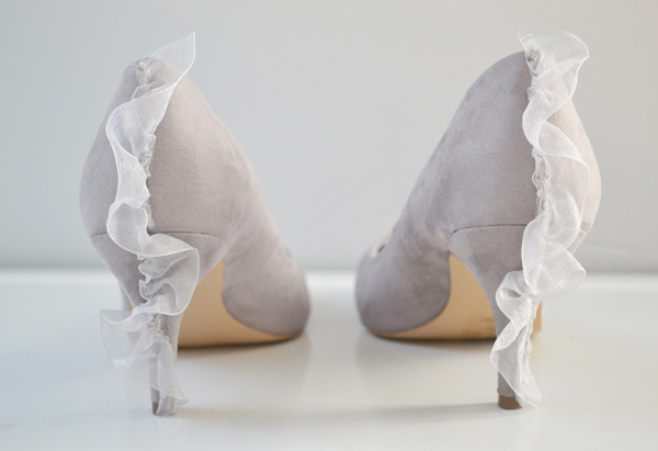 DIY: Pretty Ruffle Pumps