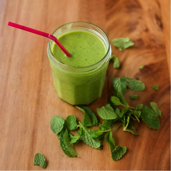 Sip This: A Green Smoothie That Doesn't Taste Like Grass!
